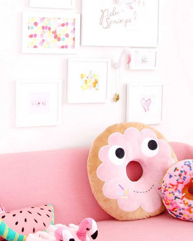 甜甜圈毛绒玩偶  Yummy World Pink Donut Plush