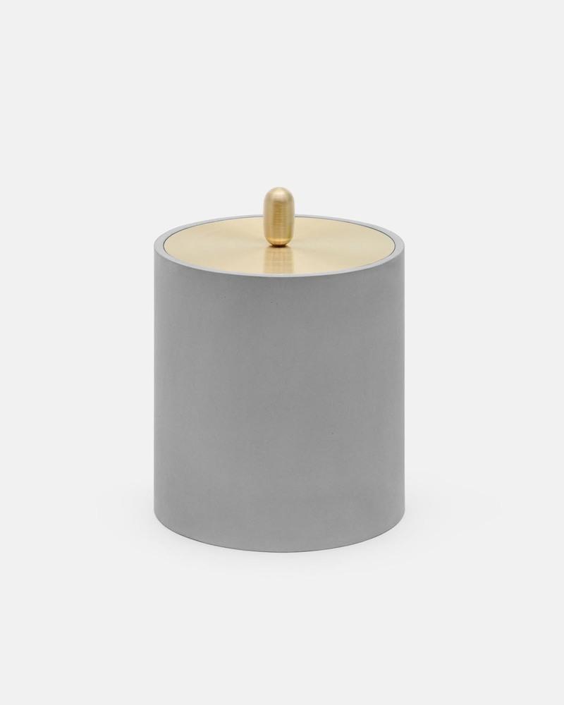 小号水泥黄铜容器