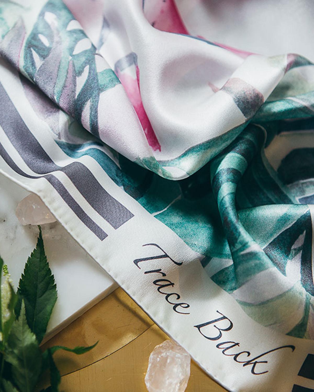 果绿西瓜狂欢节印花丝巾