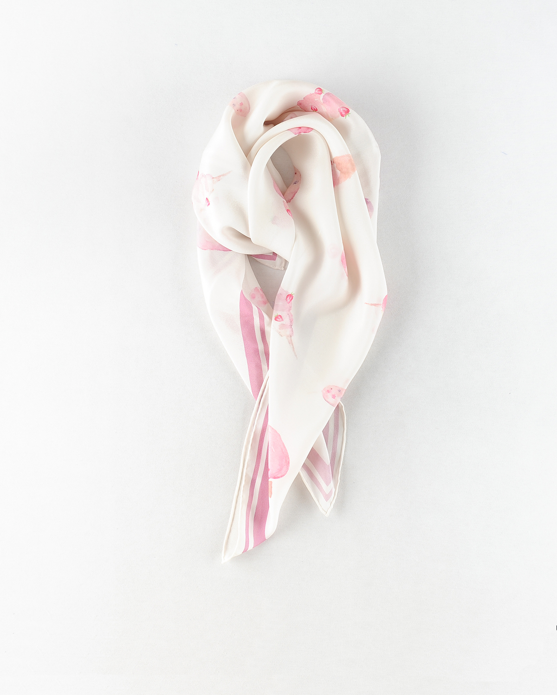 浅粉意大利冰激淋印花丝巾