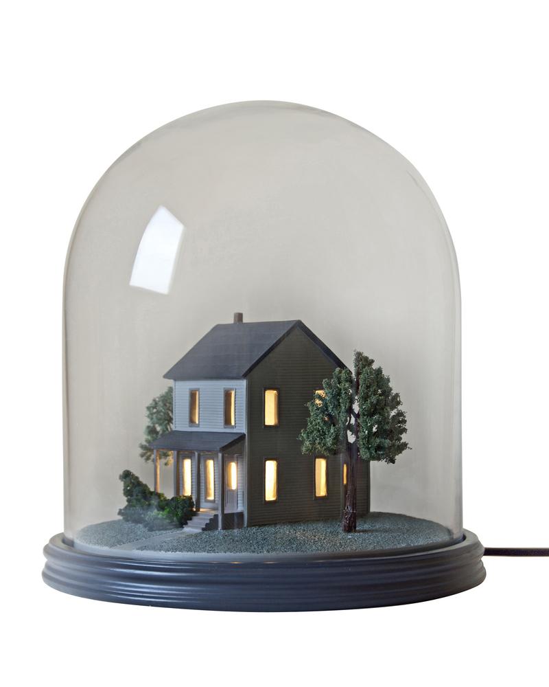 """我的小邻居""台灯 ""My little neighbour"" Resin table lamp"